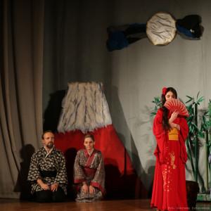 Kaguya-hime w towarzystwie rodziców
